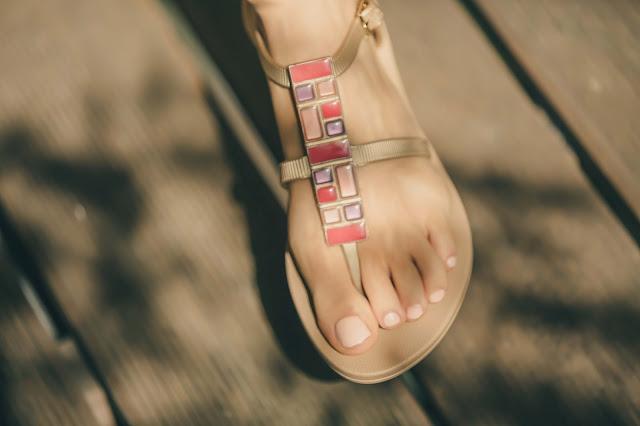 Ipanema Gisele Bundchen sandals gold