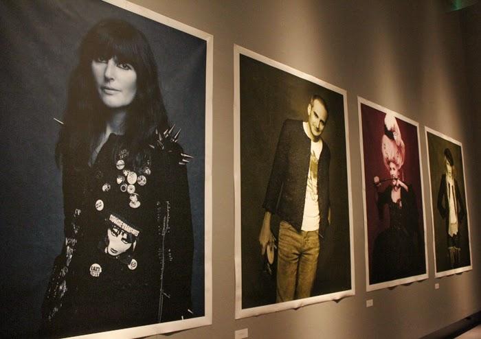 fashion, fashion blog, fashion blogger, grand palais, chanel, the little black jacket, karl lagerfeld, Paris, streetstyle