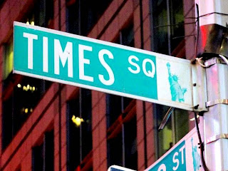 Times Square (Best Honeymoon Destinations In USA) 1