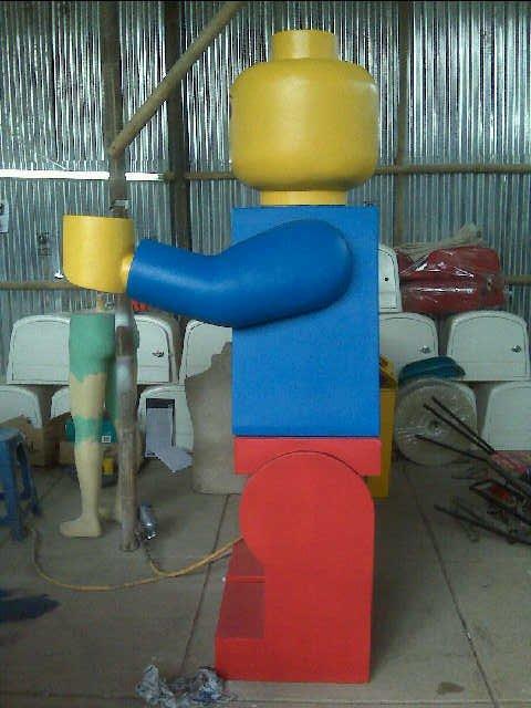 Project-Lego-Mascot- Maskot-Lego