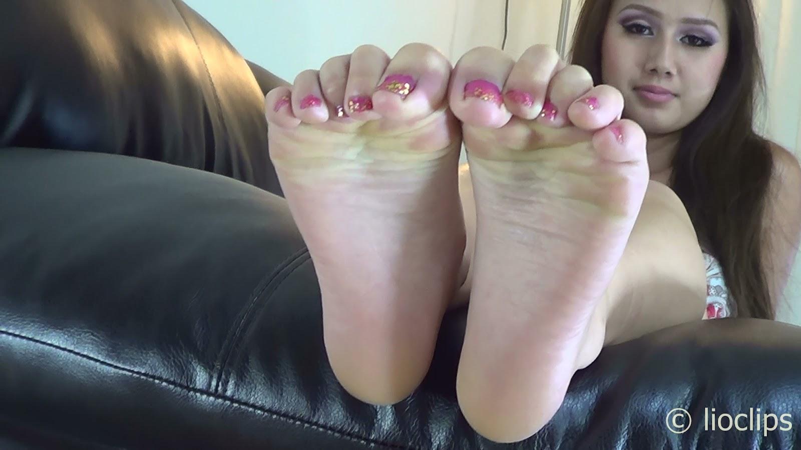 Teen Feet Clips 36