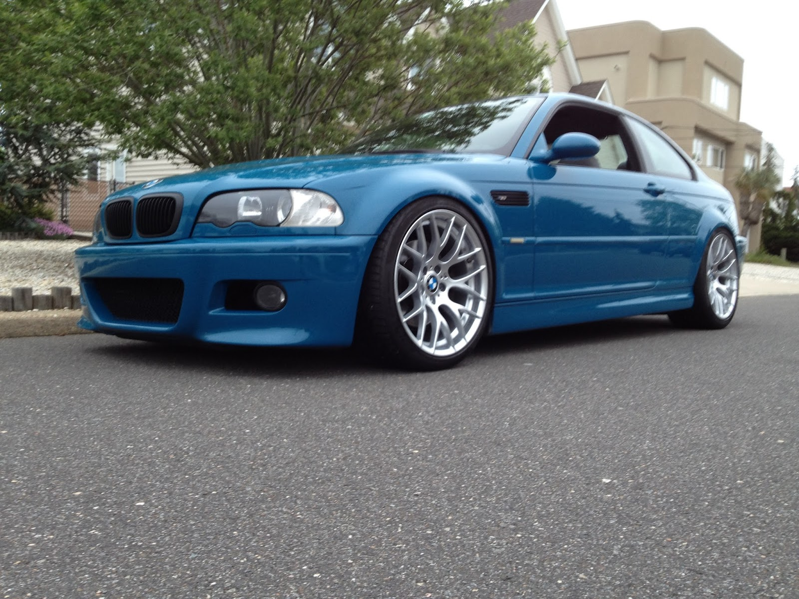 quick test fit of my e92 m3 zcp wheels on a friend 39 s e46 m3. Black Bedroom Furniture Sets. Home Design Ideas