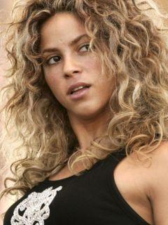 Shakira Shakira Curly Hair
