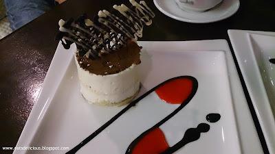 Maitre Chocolatier Ayala Center Cebu branch Tiramisu