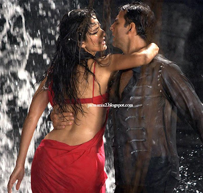 katrina kaif wearing wet saree without bra exposing hot sex with salman khan image gallery