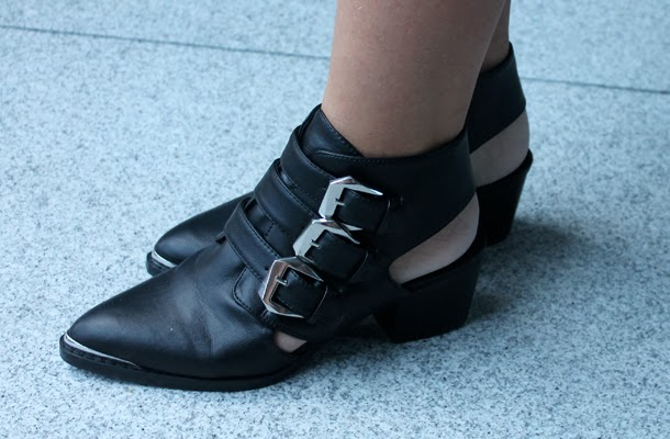 Hype, cut out ankle boots, buckle ankle boots