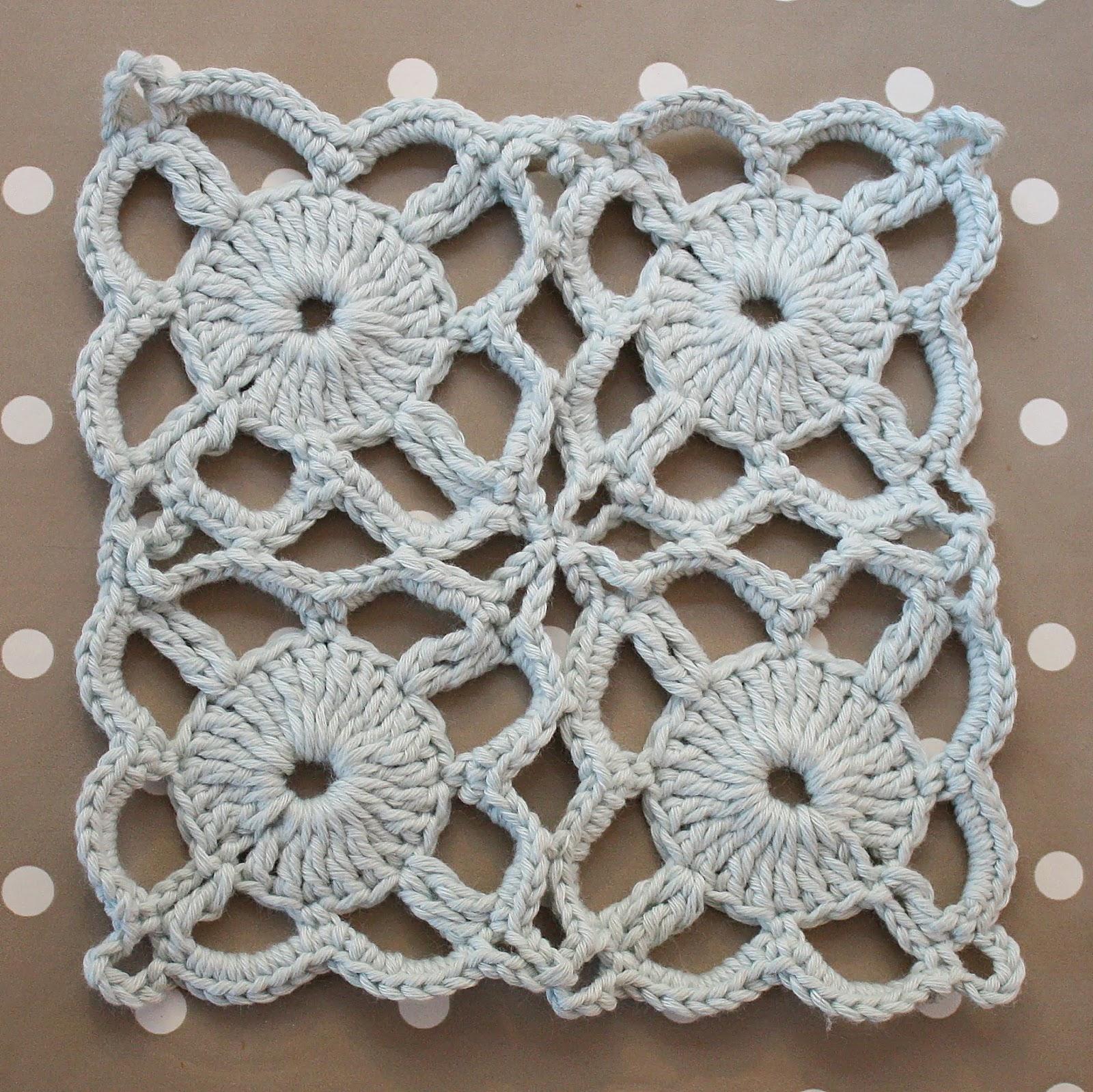 Vintage Crochet Pattern - Dainty Dressing Table Lace | Mezzamay