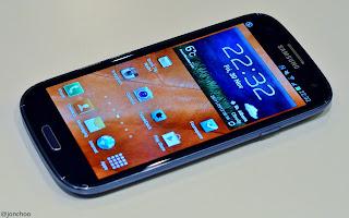 http://3.bp.blogspot.com/-evrbY39P164/UMHppDtwiNI/AAAAAAAALpY/D4sBlwf3Dnc/s1600/Samsung+Galaxy+S+III+S3.JPG