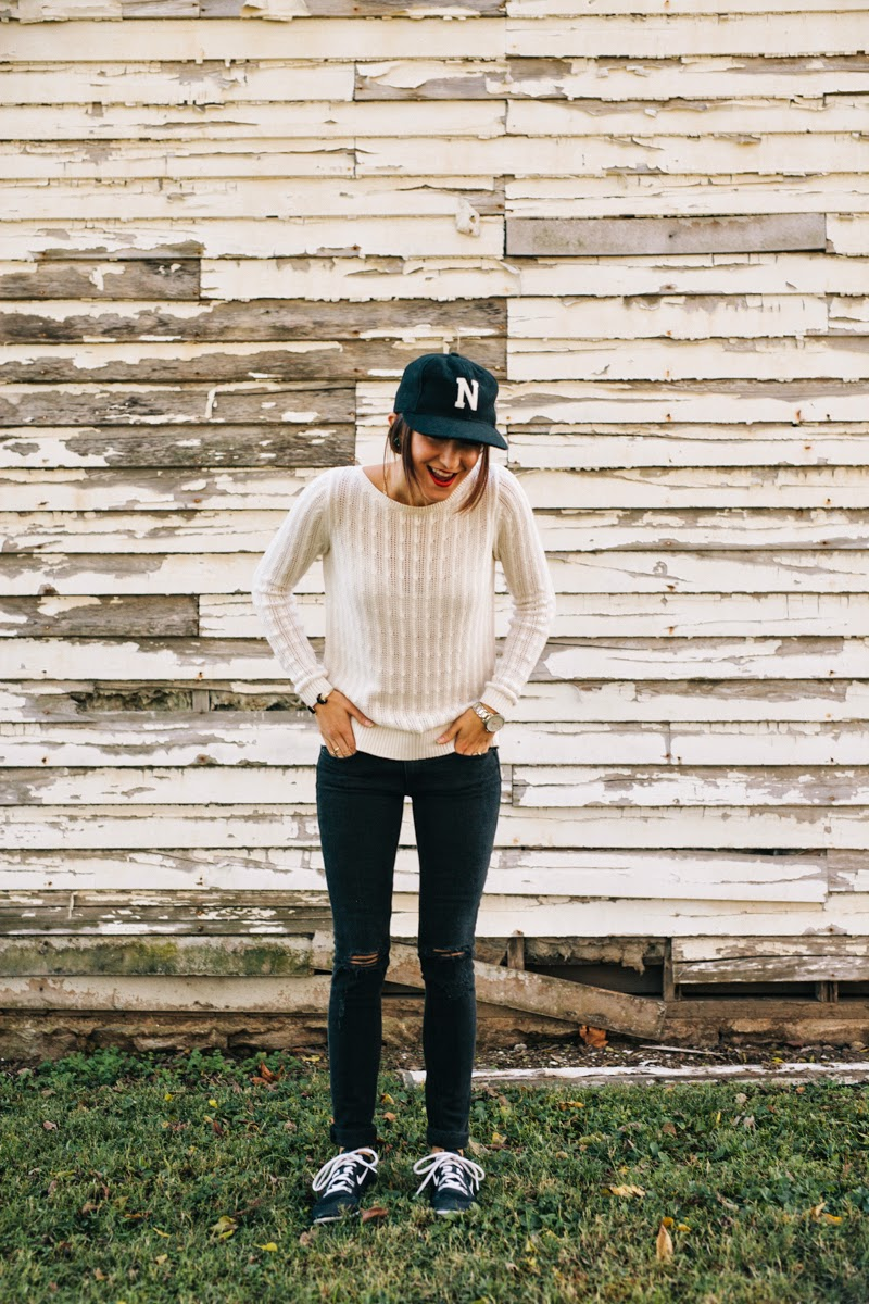 imogene and willie, nashville hat, cream sweater, fall sweater, rag and bone jeans, distressed black jeans, nike frees, black and white nikes, nars red lipstick, matte lipstick, nars matte lipstick, nashville fashion blogger, nashville blogger, style blogger, kendra scott rock ring, kendra scott crescent moon bracelet