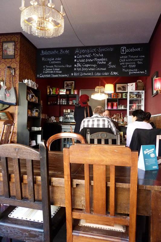 frl. müller: café wohnzimmer in schlüchtern, Wohnzimmer