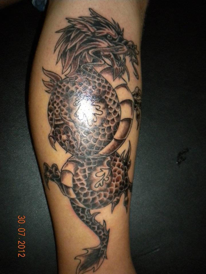 Chinese Dragon Tattoos On Leg