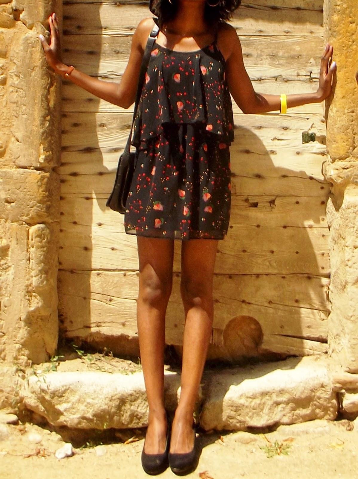 petite-robe-noire-été