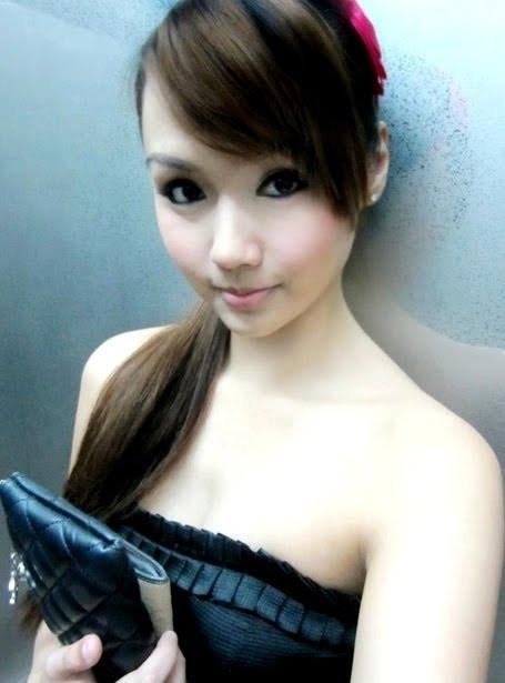 Koleksi Foto Gadis Melayu Pamer Memek Pic 4 of 35