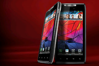 Motorola Droid RAZR Maxx Thickness and Durability