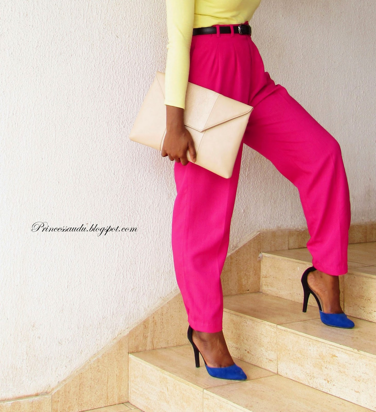 colour blocking, pink high-waist trousers, pants, blue pumps, oversized clutch, zalora Thailand, nude purse