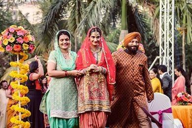 Sonam Kapoor's different bridal looks from Dolly Ki Doli