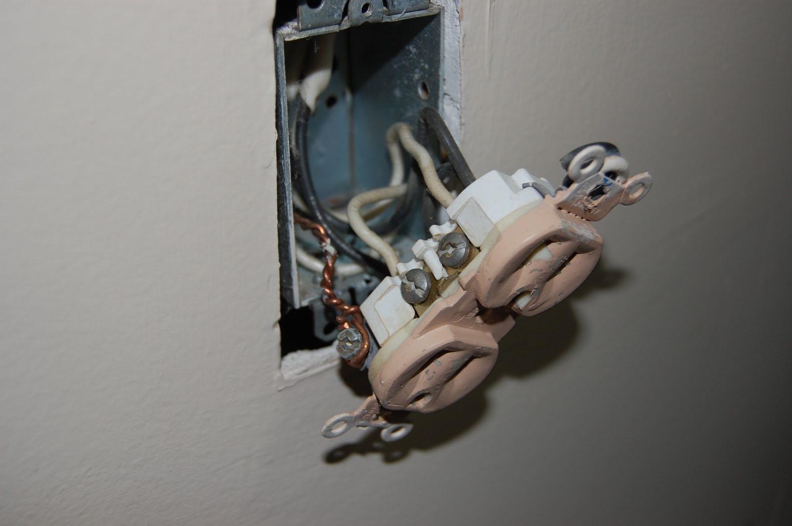 The Duchess Of Diy Wiring An Old Outlet Remove Wall Plate And From Gently Pull Away To Expose Detach