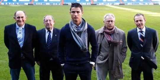 Ronaldo Resmi Jadi Legenda di Real Madrid