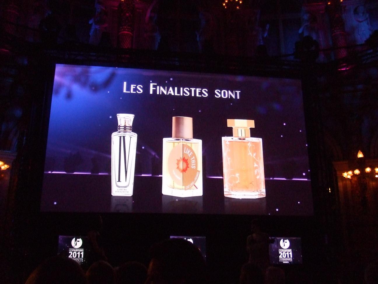 http://3.bp.blogspot.com/-exs56JBM3IA/TcPT4zikTbI/AAAAAAAAH2Y/IChILO_-IjU/s1600/FIFI-Awards-2011-PARIS-10.jpg