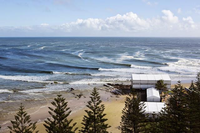 65 Roxy Pro Gold Coast 2015 Snapper Rocks Foto WSL Kelly Cestari