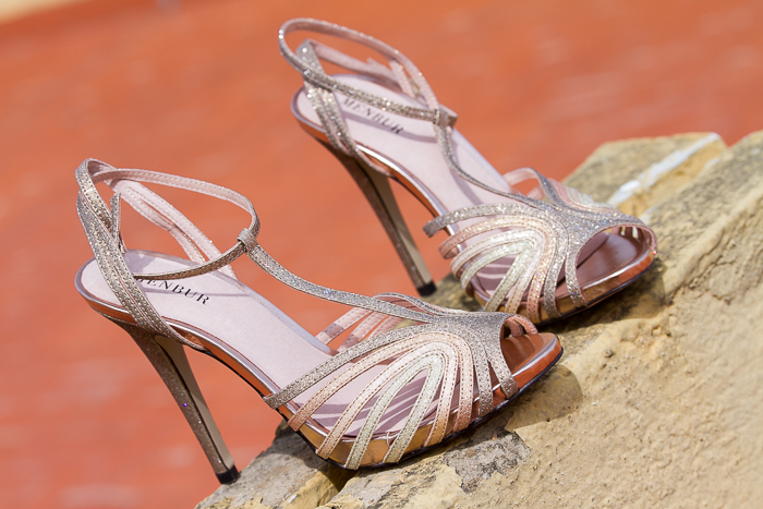Nuevas sandalias de verano doradas tendencia