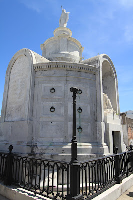 Italian Mutual Benevolent Society Tomb