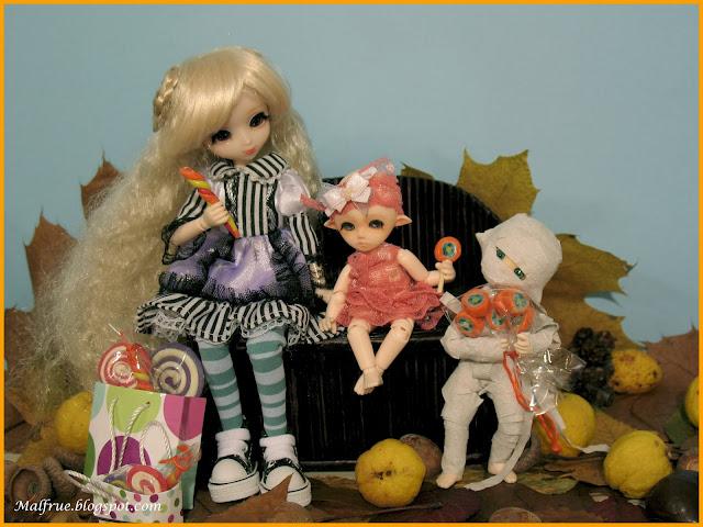 halloween whit dolls