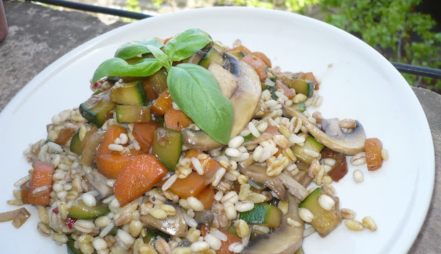 cereali e verdure al wok