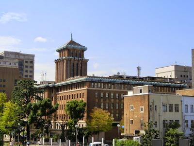 神奈川県庁:キングの塔