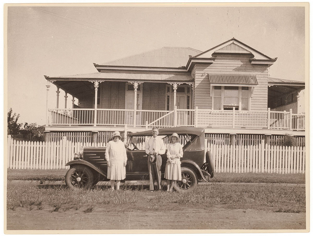 queenslander house and car ca 1930