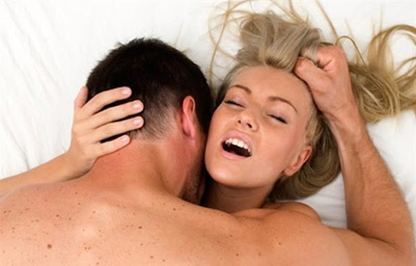 5 Cara Bercinta Posisi Seks Cepat Hamil