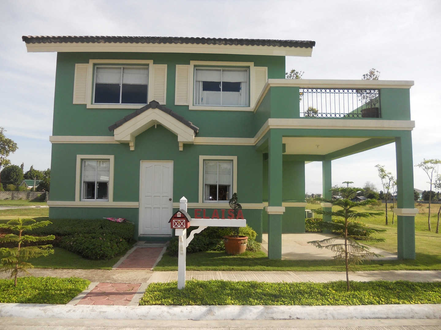 Elaisa or sapphire model house of savannah glades iloilo for Subdivision home designs