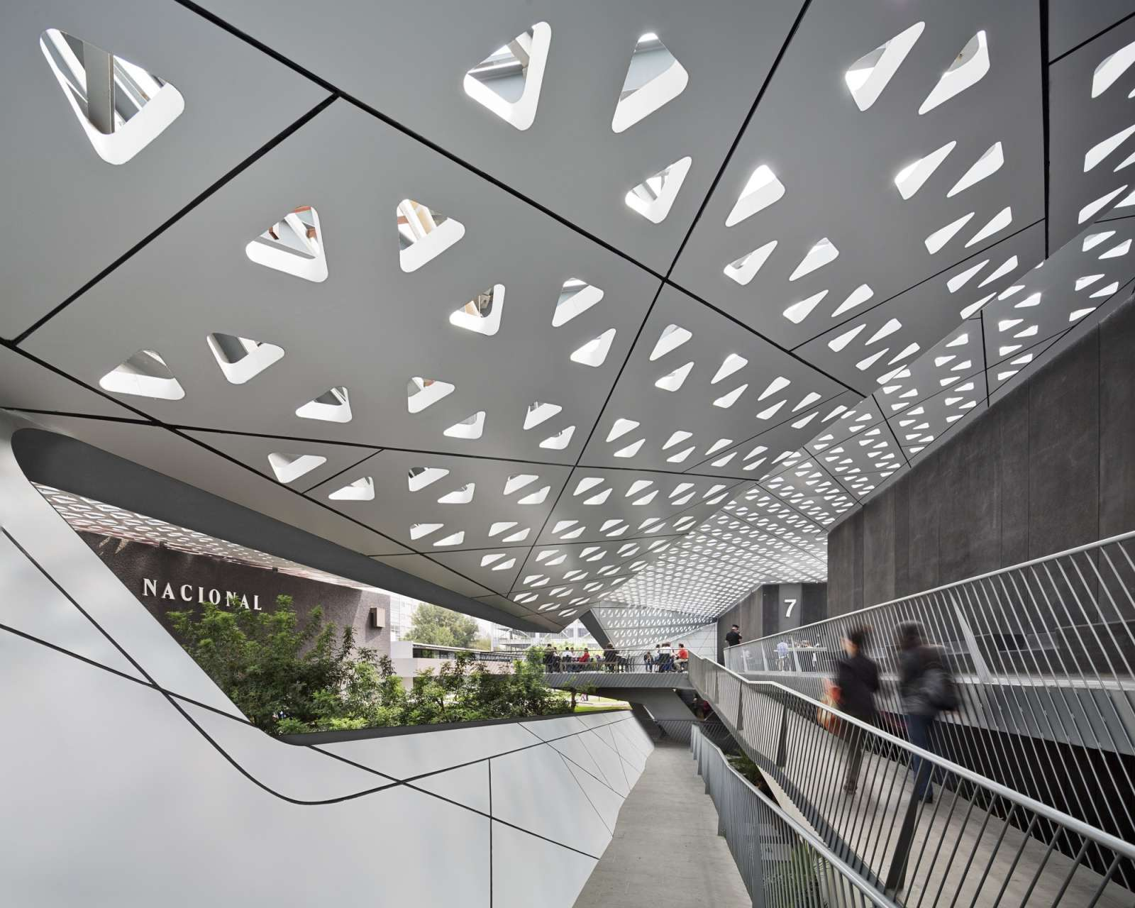 07-Cineteca-Nacional-Siglo XXI-por Rojkind Arquitectos-