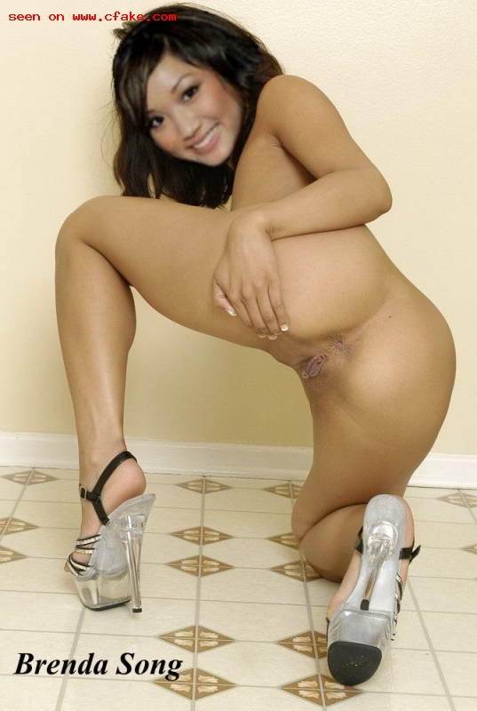 nude older women in boots