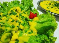 Salada de Alface com Vinagrete de Manga (vegana)