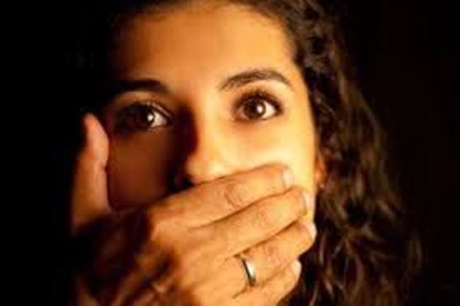 ¿Deben las mujeres callar en la Iglesia?
