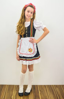 http://www.circulo.com.br/pt/receitas/moda-infantil-e-bebe/traje-oktober-feminino-infantil