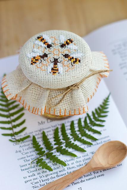 вышивка крестом; мед; мёд; хомкины крестики