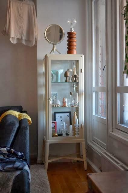 En busca de la vitrina vintage perfecta vintage home style - Ikea vitrinas salon ...