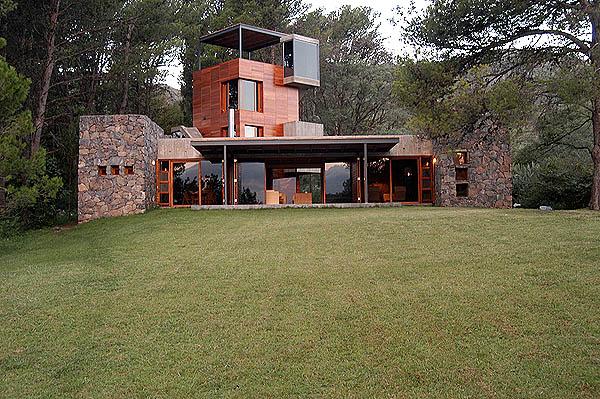 El plan z arquitectura house now miguel angel roca casa en calamuchita - Miguel angel casas ...