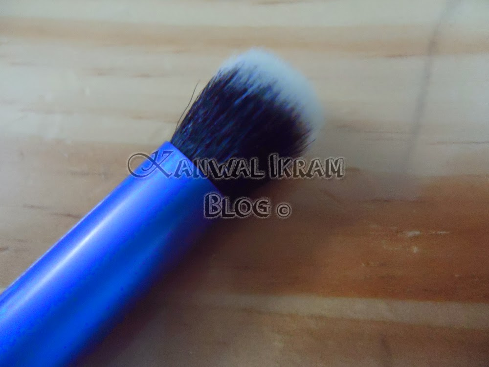 Real Techniques Eyes Starter Set-Deluxe Crease Brush