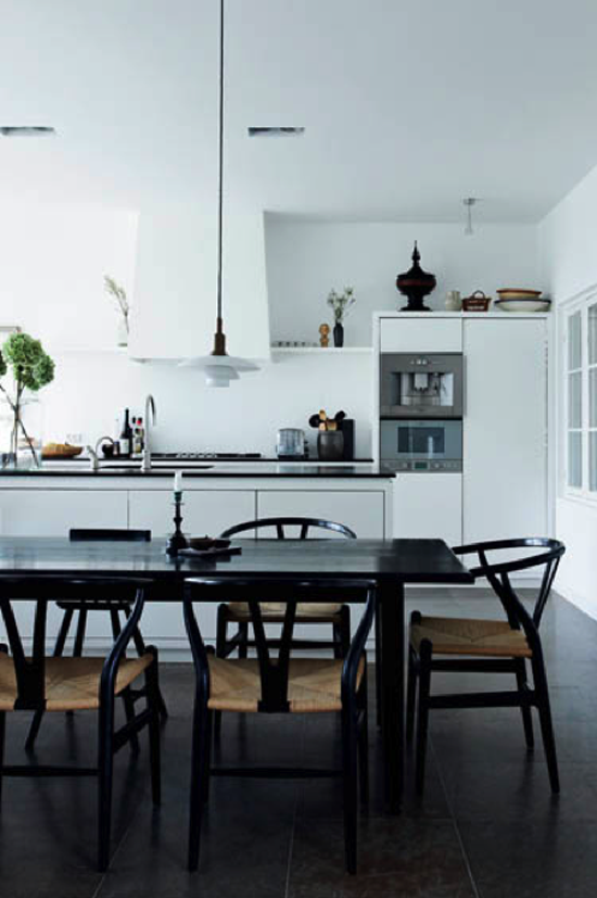 rom for deg y stolen en vakker klassiker. Black Bedroom Furniture Sets. Home Design Ideas