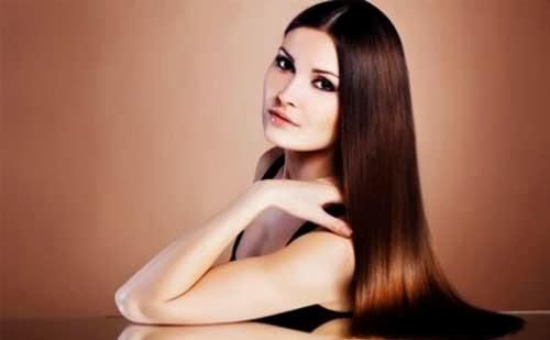 chica con pelo bonito