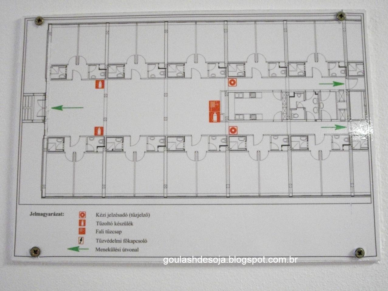 Imagens de #A64325 Goulash de soja: Chegando ao alojamento Boszorkány Kollégium  1277x958 px 3362 Bloco Cad Torneira Banheiro Em Vista