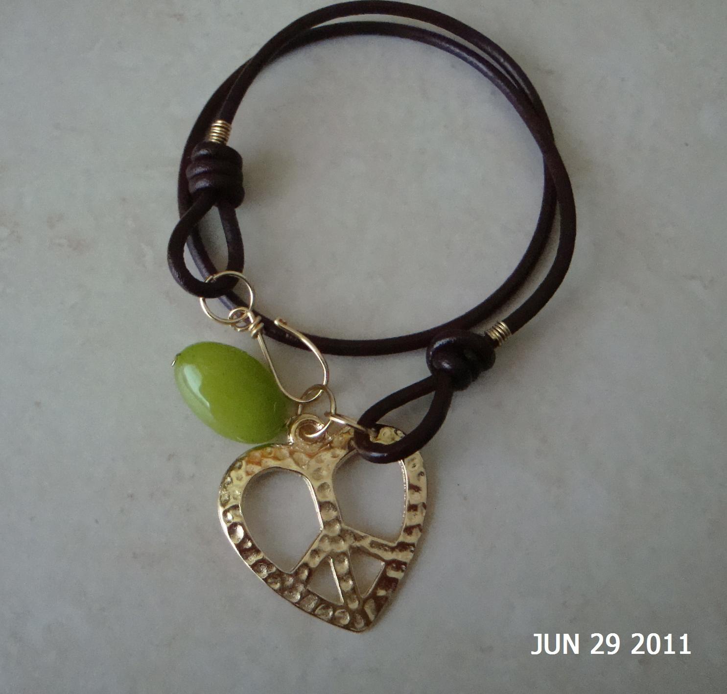 Enma nava accesorios femeninos collares en cuero y piedras - Collares de cuero ...