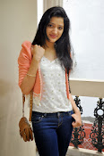Richa Panai latest photo shoot-thumbnail-10