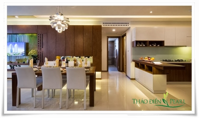 Phòng bếp rộng rãi sang trọng căn hộ Thảo Điền Pearl Quận 2