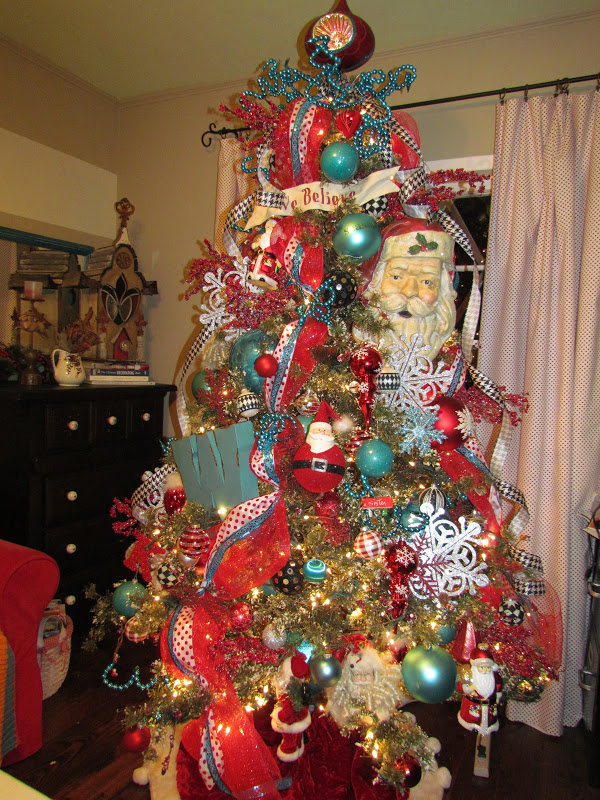 how i decorate my christmas trees
