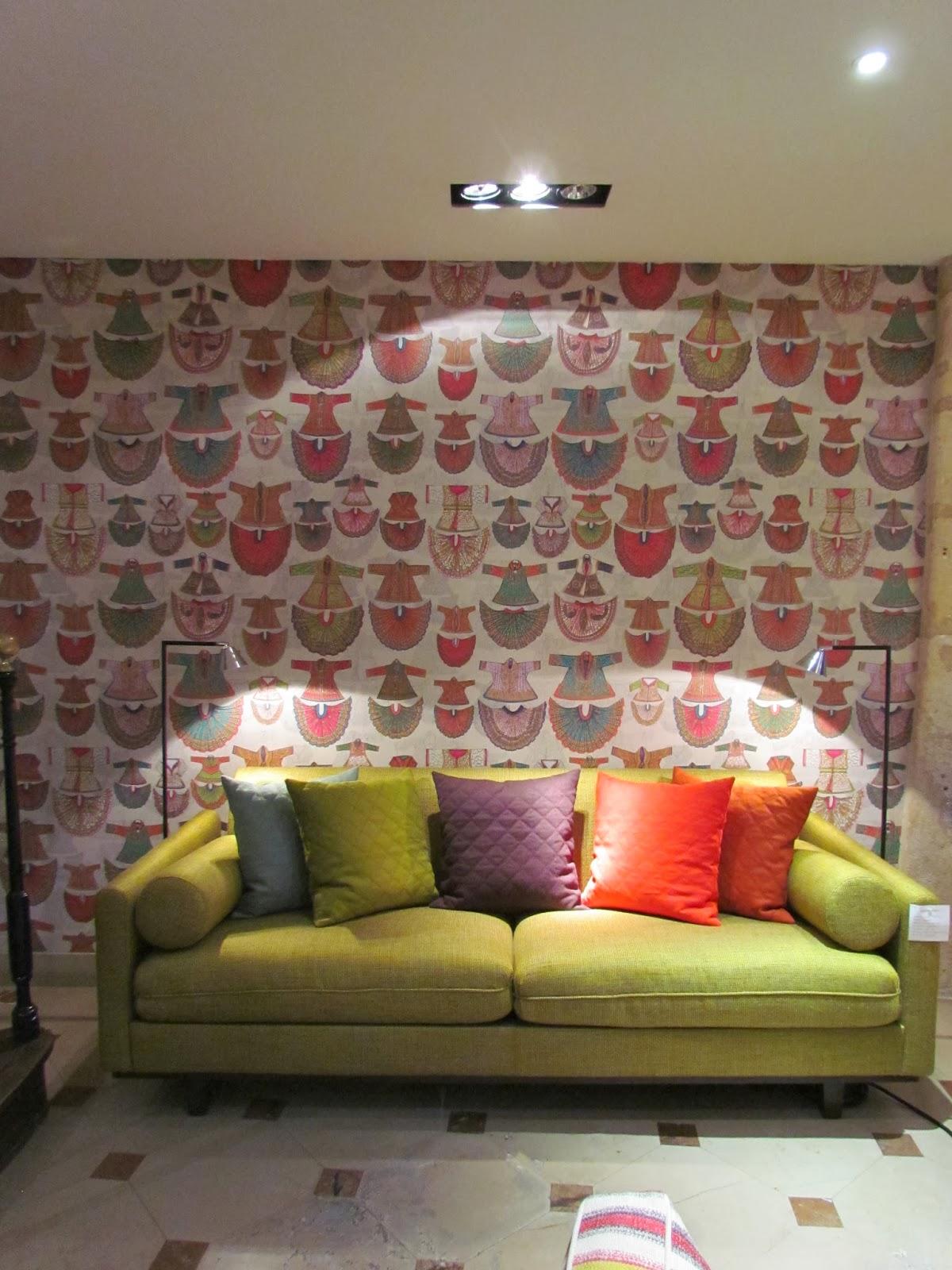 Dec a porter imagination home travel makes perfect for Maison et deco paris