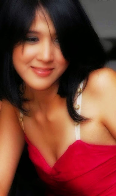 Foto sexy Tika Putri